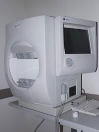 מכשיר שדה ראיה המיוצר על-ידי חברת האמפרי